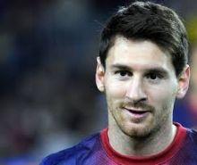 عائلة ميسي تخطط للرحيل عن أسبانيا بسبب التحقيقات القضائية حول تهرب اللاعب من الضرائب