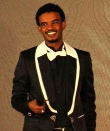 الفنان الشاب حسين الصادق : هذه هي (...) رسالتي لكل (المعجبات)!
