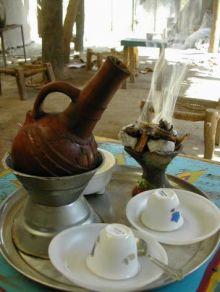 قهوة (عجبين).. أشهر معالم السوق الكبير بالقضارف