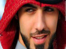 وسيم الامارات يثير معجباته بصورة مع فتاة مجهولة