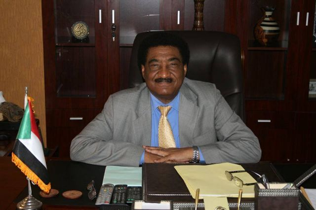 سفير السودان بالقاهرة عبدالمحمود