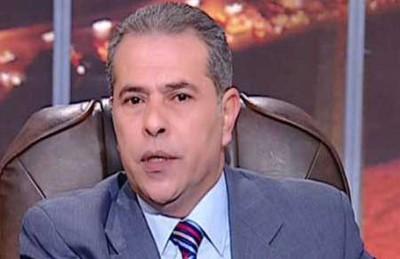 توفيق عكاشة يسخر من نجيب ساويرس ومذيعي قناته