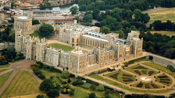 قصر ملكة بريطانيا
