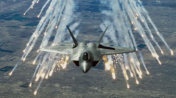 طيران حربي