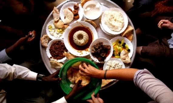 افطار رمضان - اكل - صوم - وجبة - عصيدة - صحن