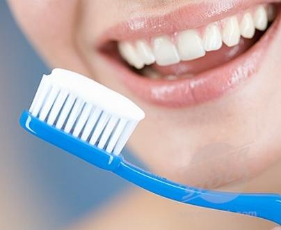 جمعية فرنسية تكشف أحدث تقنيات حشو الأسنان