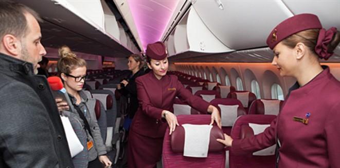 مضيفات طيران قطر
