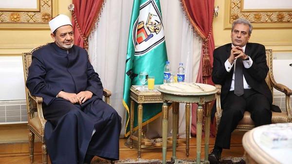 أحمد الطيب شيخ الأزهر ورئيس جامعة القاهرة جابر نصار