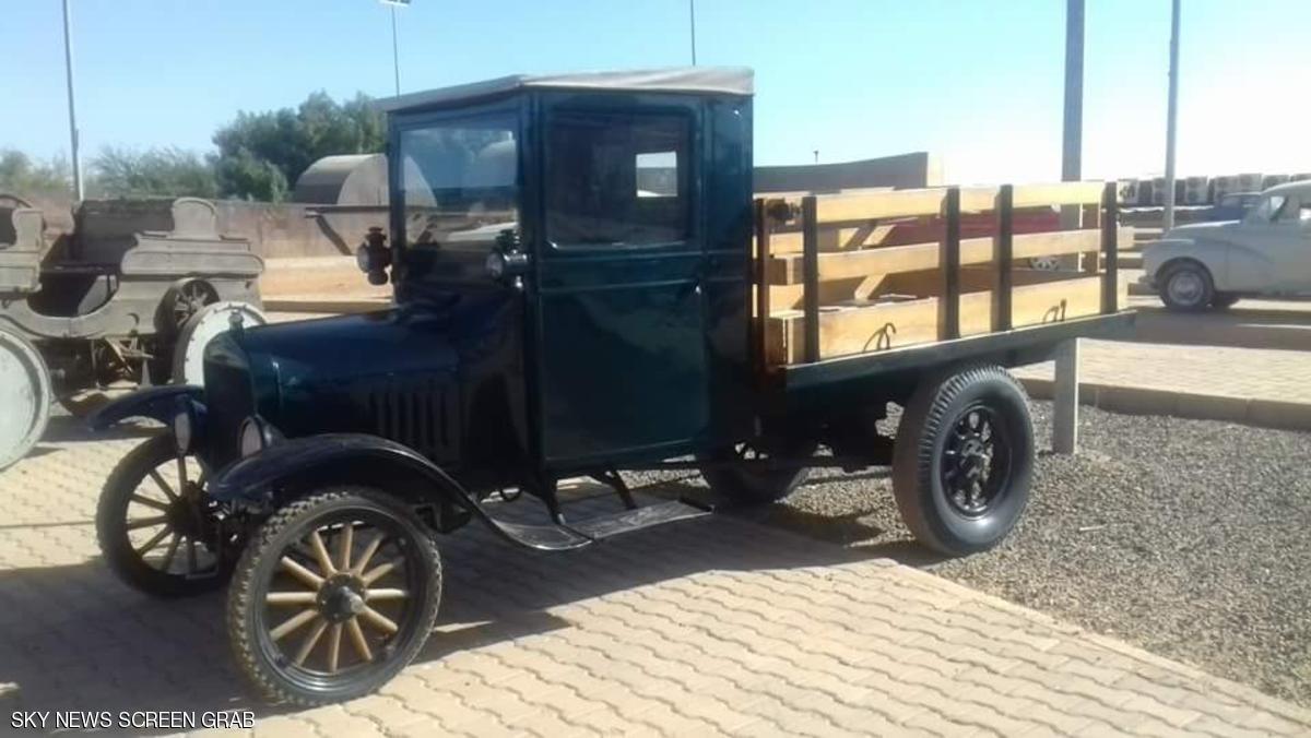 سيارة قديمة2