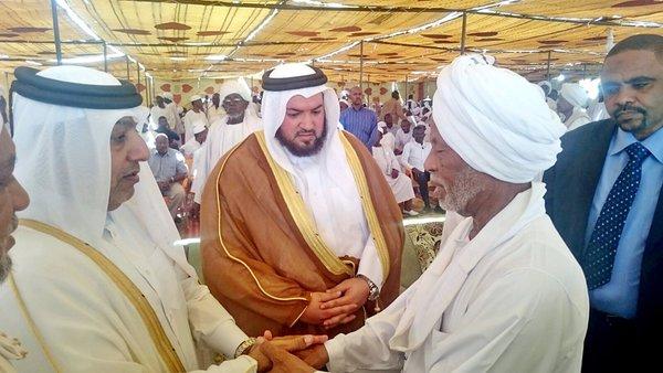 السيد غيث الكواري وزير الأوقاف ينقل تعازي سمو الأمير بوفاة الشيخ حسن الترابي الأمين العام للمؤتمر الشعبي #قطر