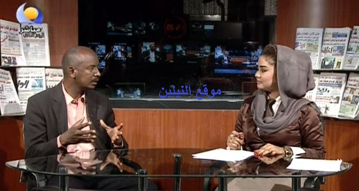 """""""مذيعة"""" النيل الأزرق تنافس نجمات العرب نيلي كريم ومنة شلبي ودرة على ارتداء البدلة و""""الكرفتة"""""""