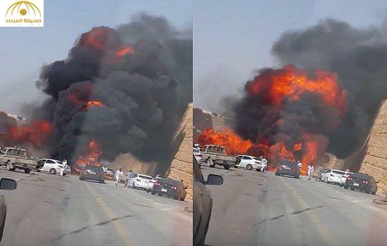 لحظة انفجار مروع لسيارة بالرياض
