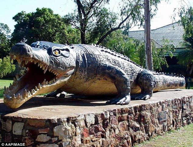 أكبر تمساح في العالم بأستراليا