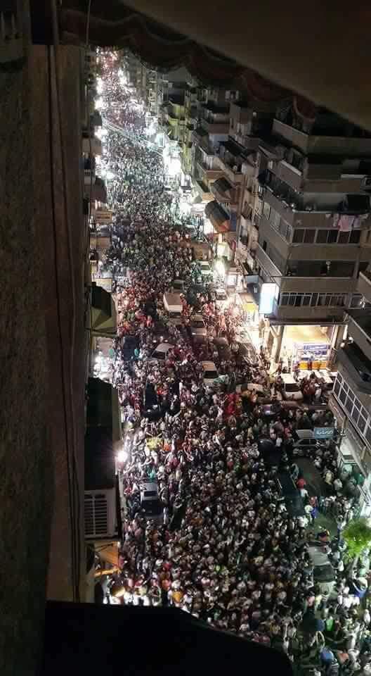 صدق أو لا تصدق..هذه ليست صور تظاهرات بمصر بل لشيء آخر1
