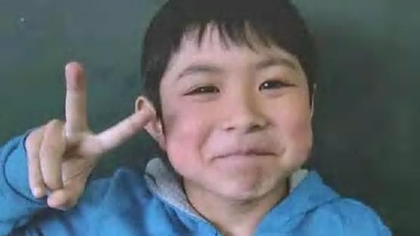 طفل رماه أهله في الغابة.. وعثر عليه حياً بعد 6 أيام