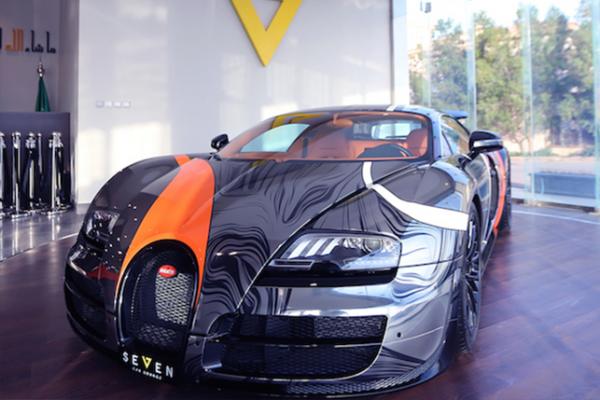 مزاد لبيع السيارة الأسرع في العالم بالمملكة