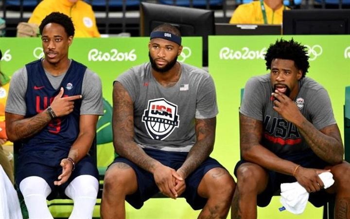 فريق كرة السلة الأمريكي يدخل «بيت دعارة» بالخطأ في ريو1