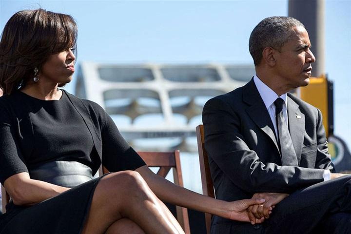 لقطات مذهلة لقصة حب باراك وميشيل أوباما من 1989 حتى الآن1