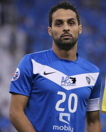 اللاعب السعودي ياسر القحطاني يقدم اعتذاره لجمهور الهلال السوداني
