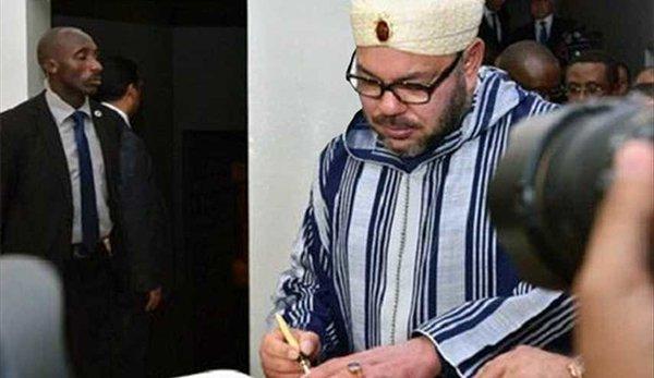 خط ملك المغرب يثير دهشة المتابعين1