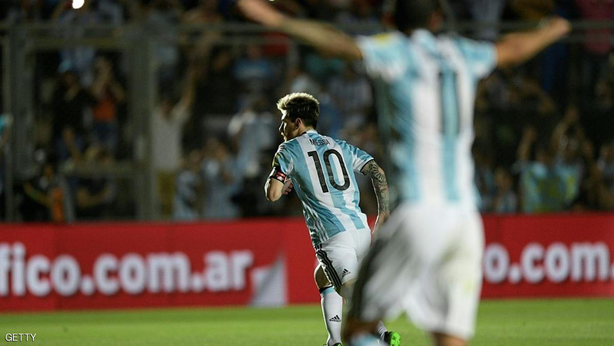 Argentina's Lionel Messi (10) celebrates after scoring against Colombia during their 2018 FIFA World Cup qualifier football match in San Juan, Argentina, on November 15, 2016. / AFP / Juan Mabromata        (Photo credit should read JUAN MABROMATA/AFP/Getty Images)