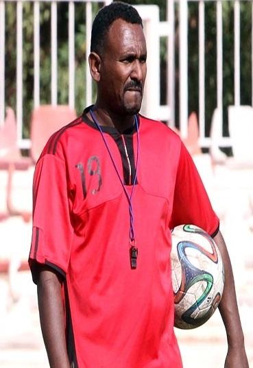 خالد بخيت يوافق رسميًا على تدريب حي العرب