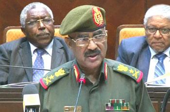 الجيش يتمسَّك  وزير الدولة بالدفاع الفريق علي محمد سالم  بوقف إطلاق النار إلى نهاية العام -