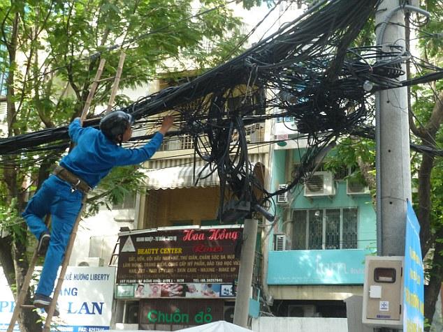 أسوأ توصيلات الكهرباء حول العالم