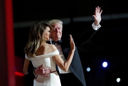 ترامب يرقص