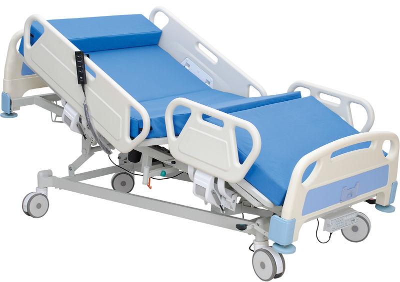 شخص يستيقظ من غيبوبة بعد 15 عاما
