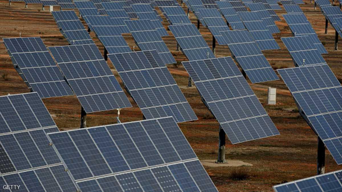 السودان يبحث بناء أكبر مزرعة للطاقة الشمسية