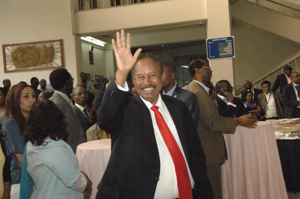 حفل وداع غير مسبوق للخبير الاقتصادي السوداني دكتور حمدوك4