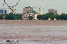 ولاية الخرطوم :تهيب بالمواطنين اتخاذ الحيطة والحذر من ارتفاع مناسيب النيل