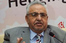عبدالرحيم حمدي يؤيّد تحرير المحروقات
