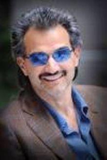 الوليد بن طلال يجعل من تويتر (مصباح علاء الدين)!!