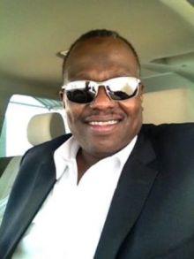 د. كوباني يكشف عن مقتل شخص بخمسة طعنات ورميه في النيل