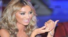 """الممثلة """"مايا دياب"""" تتعهد بخيانة زوجها بعد التأكد من خيانته لها"""