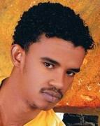 مضيفة سودانية تحرج حسين الصادق باللغة الانجليزية