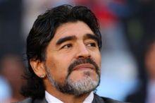إيران تعرض على مارادونا (100)ألف دولار للدعاية لمنتخبها