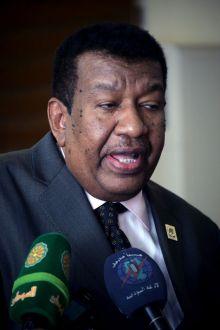 الأمين العام للحزب الاتحادي الديمقراطي الدكتور جلال يوسف الدقير