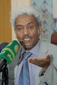د. أمين حسن عمر قانون التحلل حقيقي  والمتحلل  لاتدينه المحكمة !!