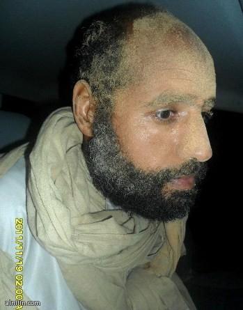 سيف الاسلام القذافي بعد اعتقاله 19-11-2011