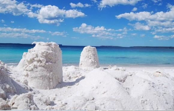 شاطئ هيام الأبيض في استراليا