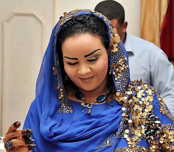 زواج الفنان محمد النصري من ندى القلعة  لم يُنفى  من قِبله !!