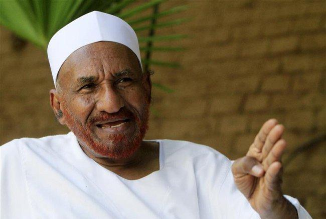 الوطني : (مبارك الفاضل) يتعاون مع جهات غربية للإطاحة (بالمهدي) من رئاسة الحزب